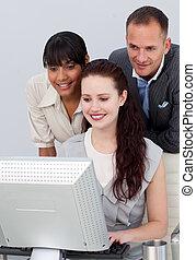 emberek ügy, munka, számítógép
