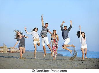 emberek, tengerpart, csoport, boldog, móka, bír, fiatal