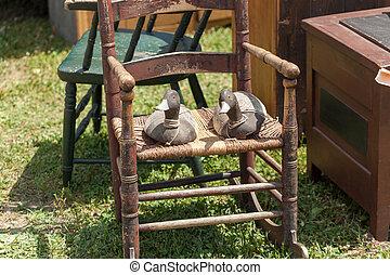 fából való, két, kiárusítás, kacsa, bolha, szék, piac