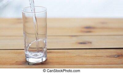 fából való, pohár, víz asztal, öntés