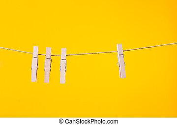 fából való, ruhaszárító kötél, függő, odaköt, ruhaszárító csipeszek