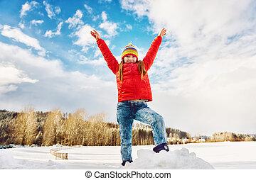 fárasztó, széles, kevés, tél, színes, hó, fegyver, zakó, kalap, leány, idő, nyílik, játék, piros