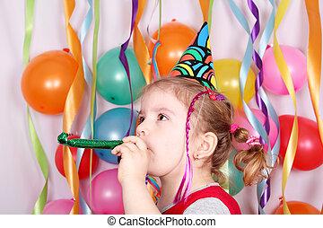 fél, kevés, születésnap lány