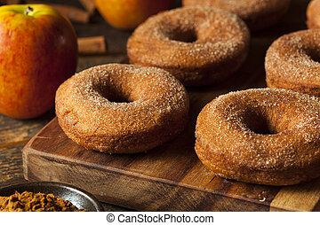 földimogyorók, meleg, almabor, alma