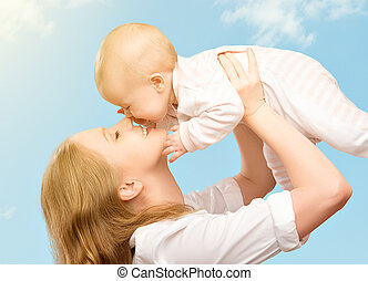 family., ég, anya, csecsemő, csókolózás, boldog