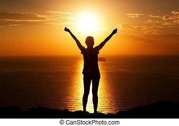 feláll., nő, siker, kő, nyertes, travel., kézbesít, boldog
