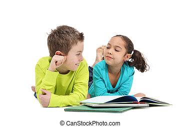 felolvasás, előjegyez, két gyerek