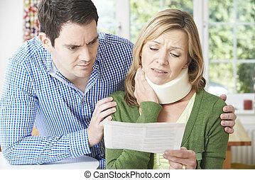 felolvasás, nyak, párosít, levél, respektál, kár, wife's