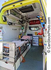 felszerelés, belső, mentőautó