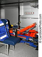 felszerelés, mentőautó