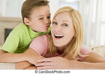fiú, nő, szoba, eleven, fiatal, csókolózás, mosolygós