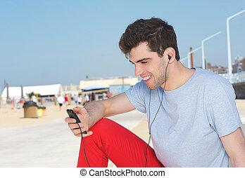 fiatal, játékos, mp3, kihallgatás, szabadban, portré, jelentékeny, ember