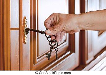 fog, kulcs, kéz