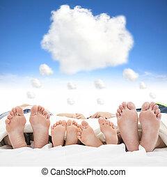 fogalom, család, ágy, alvás, álmodik, felhő