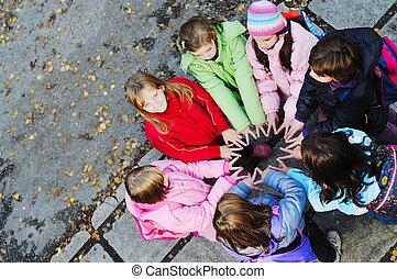 fogalom, csoport, fiatal, diáklány, csapatmunka, barátság