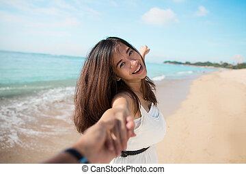 futás, nő, tengerpart, fiatal, boldog