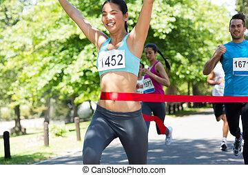 futó, egyenes, befejez, átkelés, maratoni futás