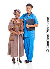 gondozás türelmes, idősebb ember, afrikai