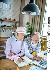 gyártás, kártya, online, tiszteletdíj, párosít, öregedő, hitel