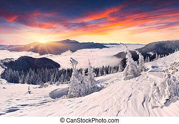 gyönyörű, hegyek, napnyugta, tél