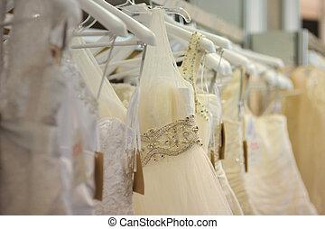 gyönyörű, kevés, felruház, esküvő