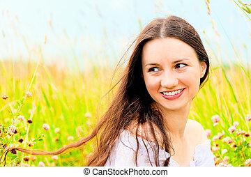 gyönyörű, mező, leány, menstruáció, fiatal