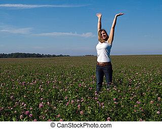 gyönyörű, mező, nő, fiatal, boldog