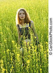 gyönyörű, mező, nő, fiatal