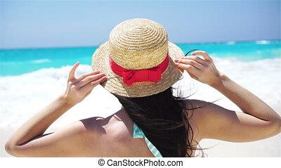 gyönyörű, nyár, tengerpart., hát, ünnepek, nő, white kalap, kilátás