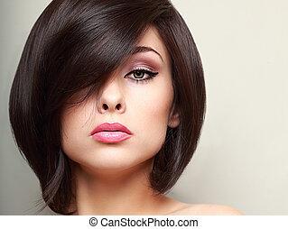 gyönyörű woman, alkat, haj, fényes, rövid, fekete, closeup, style.