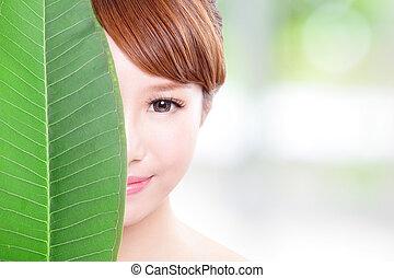 gyönyörű woman, levél növényen, arc, zöld, portré
