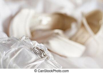 gyűrű, esküvő