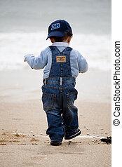 gyalogló, tengerpart, young gyermekek