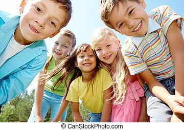 gyerekek, öt, boldog