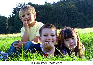 gyerekek, boldog