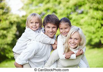 gyerekek, család, fiatal, szabadban