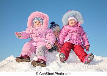 gyerekek, hó, három
