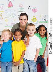 gyerekek, tanár, preschool