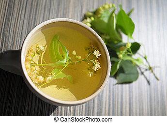 hárs, kivirul, tea