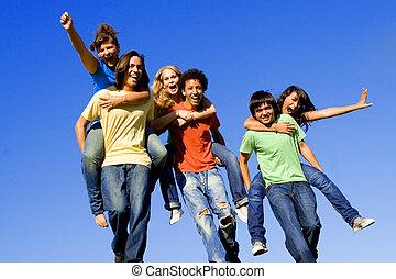 háton, tizenéves kor, faj, különböző