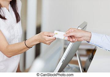 hím, türelmes, fogász, klinika, fogadó portás, felfogó, kártya