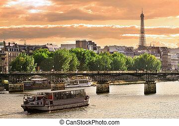 húzóháló, párizs, france., luxushajó, folyó