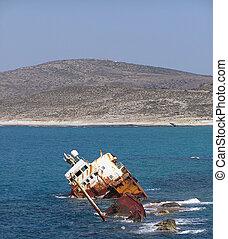 hajó hajótörött