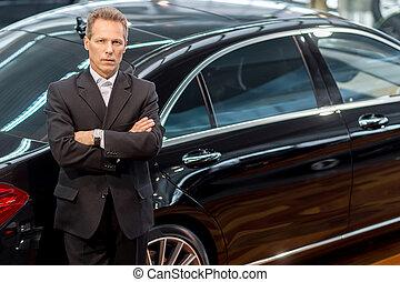 haj, szeret, autó, tető, cars., szürke, formalwear, látszó, magabiztos, fényképezőgép, fényűzés, vonzalom, kilátás, ember