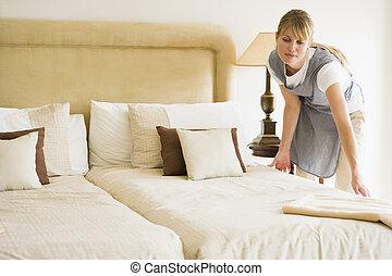 hajadon, szálloda szoba, ágy gyártmány