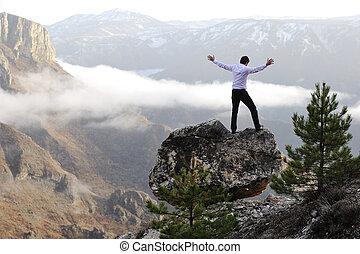 hegy tető, arms., fogalmi, ember, nyílik, design.