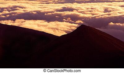 hegy tető, elhomályosul, felül