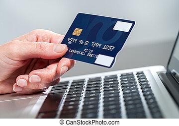 hitel, card., hatalom kezezés