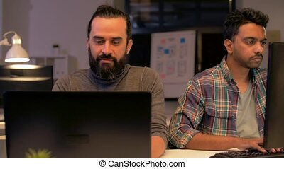 hivatal, dolgozó, kreatív, késő, számítógép, befog
