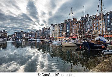 honfleur, normandia, öreg port, franciaország